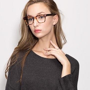 Brown/Tortoise Oxford -  Fashion Wood Texture Eyeglasses - model image