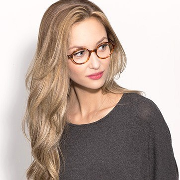 Tortoise Flavor -  Fashion Acetate Eyeglasses - model image