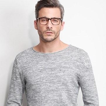 Tortoise Contrast -  Fashion Acetate Eyeglasses - model image