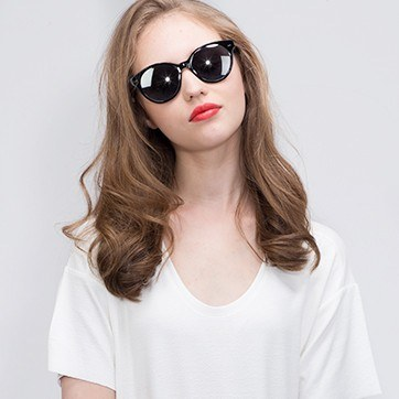 Black  Angie -  Acetate Sunglasses - model image
