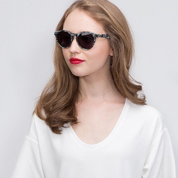 Slate Havana -  Acetate Sunglasses - model image