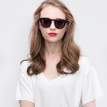 Floral Cordoba -  Acetate Sunglasses - model image