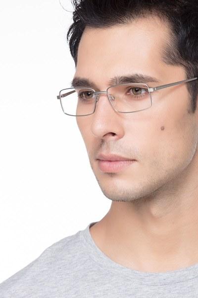 Parcel - men model image