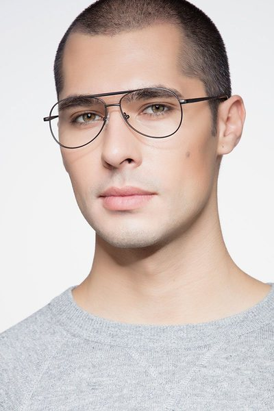 Discover - men model image