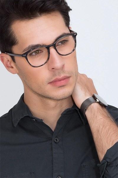 Demain - men model image