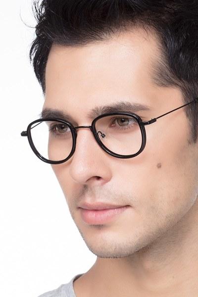 Vagabond - men model image