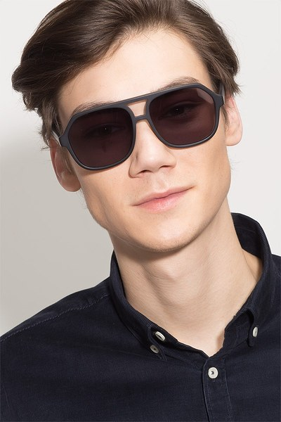 Vegas - men model image