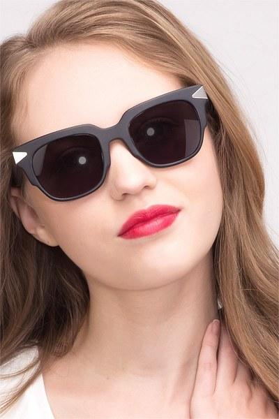 Bella Donna - men model image