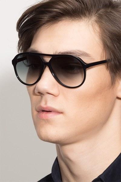 Jakarta - men model image